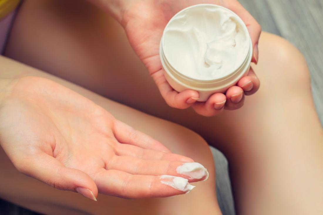 چگونه در دوران بارداری با خشکی پوست کنار بیاییم؟