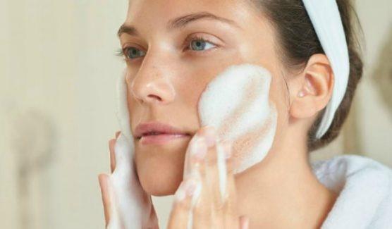 درباره پاک کننده ها یا پاکسازی پوست چه می دانید؟