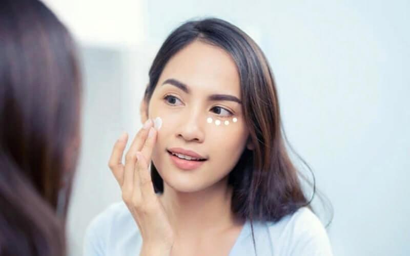 ناحیه چشم شما با بقیه صورت چه تفاوتی دارد؟